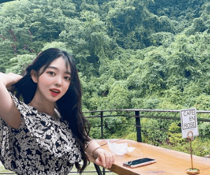 Korean girl hairstyle