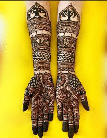 Unique royal front hand mehndi design