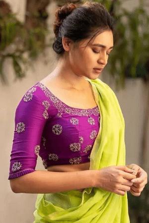 indian girls hot pics in saree