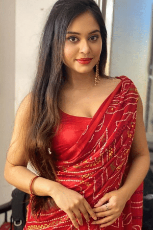 hot and sexy girls in saree